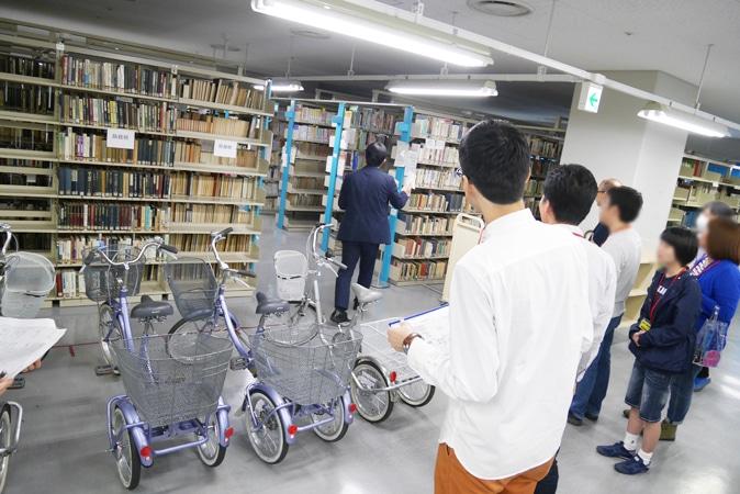 府立中央図書館 (59)