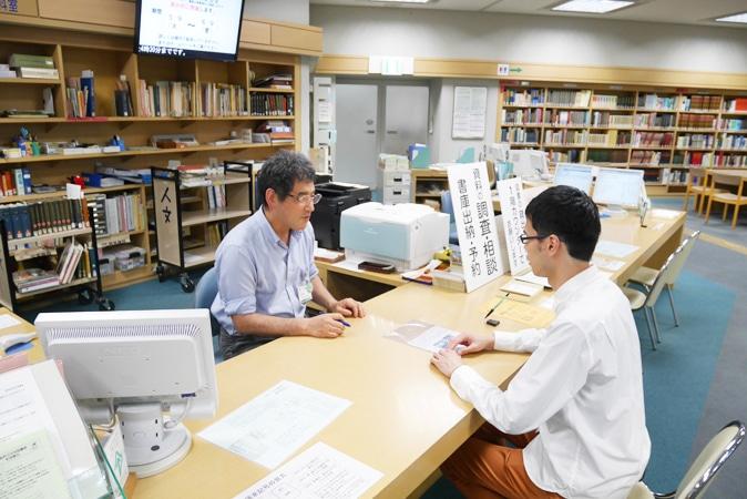 府立中央図書館 (16)